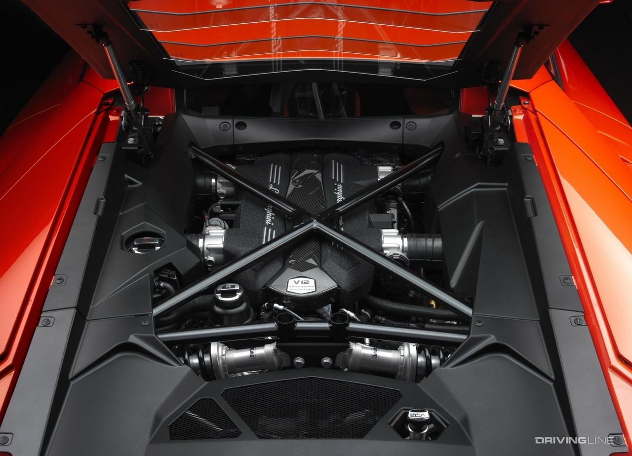 Lamborghini Aventador V12 L539