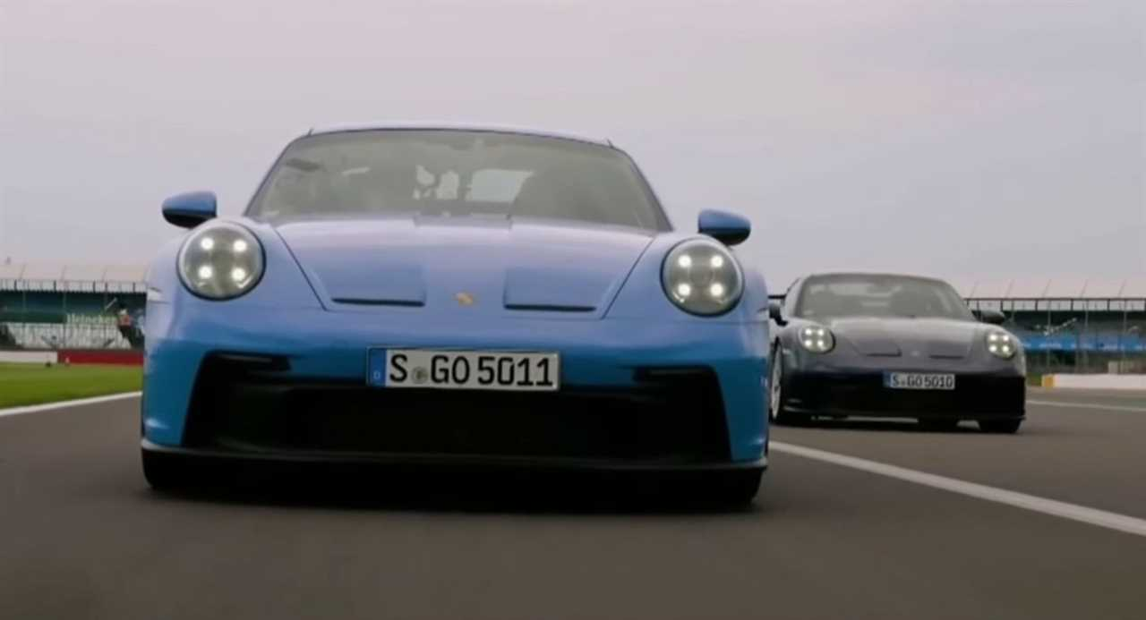 Tom Cruise engages in a dogfight in a 911 GT3 with Mark Webber and David Coulthard